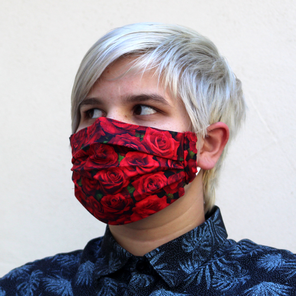 Pleated Mask Red Rose
